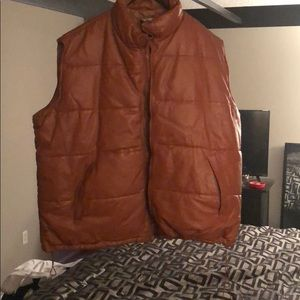6xl leather vest